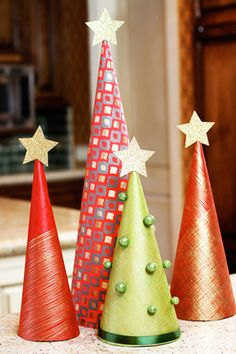 DIY Wrapping Paper Trees!  @christmas #christmastree