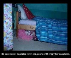 scary clown under bed.....I so need to do this to Dakota!!!!!!!!! OMG! I cant stop laughing!!!!!