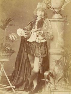 Google Image Result for http://imgc.artprintimages.com/images/art-print/w-d-downey-sarah-bernhardt-french-actress-as-a-minstrel-boy-playing-a-lute_i-G-27-2741-U9RND00Z.jpg