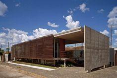 Brises: veja item arquitetônico em diferentes modelos e materiais - Casa e Decoração - UOL Mulher