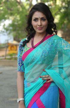 cool Madhu Shalini Transparent Half Saree Hot Stills Check more at http://cinefames.com/madhu-shalini-transparent-half-saree-hot-stills/