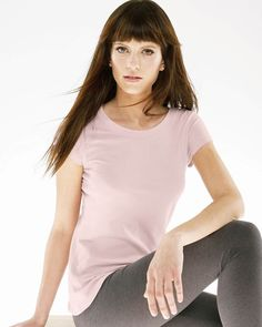 Bella carmin vintage tee-8402 is a basic girly tee made up of 36 single jersey 55% cotton and 45% polyester which weighs 3.8 oz., 130 gm/m. An open neckline and capped sleeves with a fitted bodice would certainly enhance the feminine curves and this fitted vintage washed tee in Bella style is a must-have. Custom grinding at edges of neckline, sleeve hems, and bottom hem makes you crave for these more than ever before.