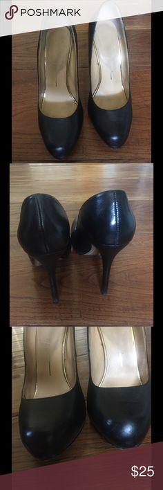 Dolce Vita Black Pumps Comfy black heels. Gently worn. Dolce Vita Shoes Heels
