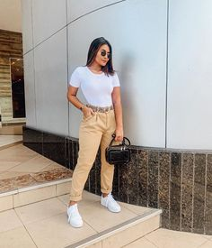 Classy Outfits, Teen Fashion Outfits, Chic Outfits, Trendy Outfits, Spring Outfits, Look Office, Business Casual Outfits For Women, Casual Hijab Outfit, College Outfits