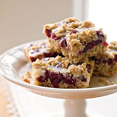 Cranberry-Oatmeal Bars    These cranberry-oatmeal bar cookies strike a nice flavor balance: not too sweet and not too tart.    www.whenthingshurt.com