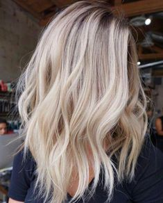 Cut and color #balayagehairblonde