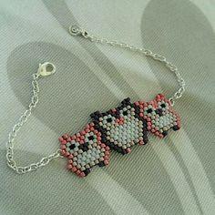 personalized bracelets Ideas, Craft Ideas on personalized bracelets Seed Bead Patterns, Beaded Jewelry Patterns, Bracelet Patterns, Beading Patterns, Seed Bead Jewelry, Bead Jewellery, Bead Crafts, Jewelry Crafts, Art Perle