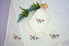 Set 4 Vintage Handmade Napkins white pink green by artsygemini, $6.50