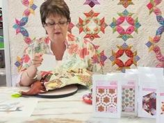 Using different shapes to create a hexagon -Ep 4 Sue Daley's Shape Up English Paper Piecing. Hexagon Pattern, Hexagon Quilt, Quilting Tips, Quilting Tutorials, Quilting Patterns, Sue Daley English Paper Piecing, Millefiori Quilts, Quilt Stitching, Applique Quilts