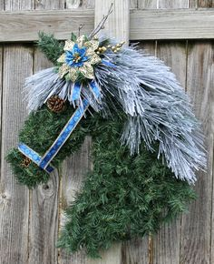 27 Horse Wreath Blue and Gold Pony Holiday by CDcreativeDesigns Christmas Mesh Wreaths, Fall Wreaths, Christmas Decorations, Christmas Ornaments, Christmas Projects, Holiday Crafts, Horse Head Wreath, Artificial Garland, Horseshoe Crafts