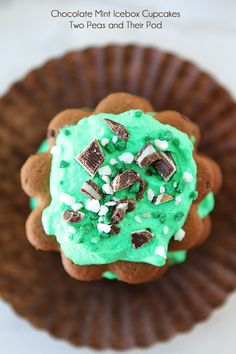 This  old fashioned cupcake uses thin mint wafer cookies, homemade peppermint whipped cream filling and is topped with with mind chocolate candies.