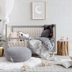 Another beautiful babes room, featuring our By Moonlight - Grey design. Available in other pretty pastel colours, from $39.95 with free shipping worldwide! SHOP: OliveEtOriel.com Please visit @melplambeck or @littleconnoisseur for full product details