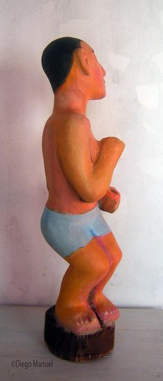 """Bañista bailarín"", madera policromada, 76 x 24 x 24 cm , 2015"