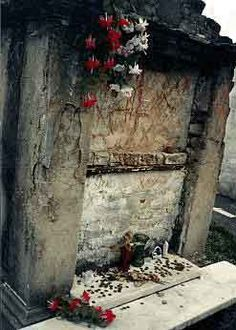 Marie Laveau † New Orleans Voodoo Queen - When I was in Louisiana, I never got a chance to visit N.O.. This sounds like something I'd get into.