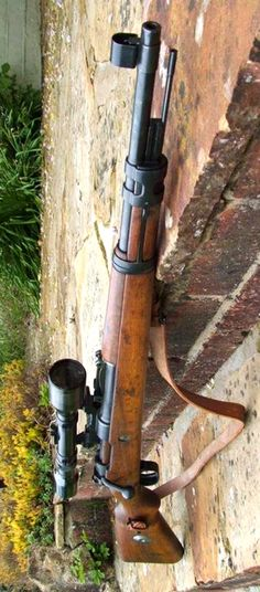 Mauser Karabiner ( ) My favourite bolt action rifle Arsenal, Armas Wallpaper, Ww2 Weapons, Bolt Action Rifle, Shooting Guns, Hunting Rifles, Assault Rifle, Cool Guns, Military Weapons