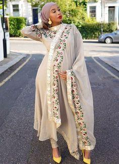 Eid Outfits, Clothing Websites, Kimono Top, Hair Beauty, Sari, Asian, Style Inspiration, Pie, People