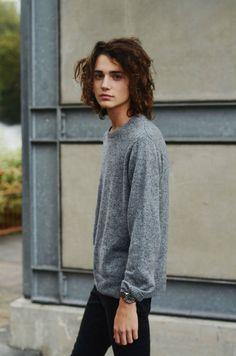 MODEL-HOMMES | Matthew Clavane with d1 Models.