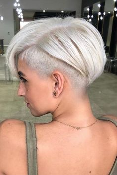 Fade Haircut Styles Pixie ❤️A f . - Blonde Fade Haircut Styles Pixie ❤️A f . - Blonde Fade Haircut Styles Pixie ❤️A f . Pixie Bob Haircut, Pixie Bob Hairstyles, Short Pixie Haircuts, Hairstyles Haircuts, Pixie Cut With Undercut, Bob Haircuts, Undercut On Short Hair, How To Style Undercut, Short Cropped Hairstyles