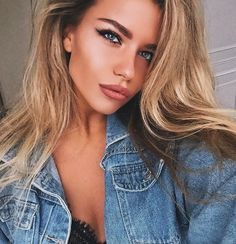 Alexandra Burimova My girl crush 💖💖💖 Beauty Makeup, Hair Beauty, Foto Pose, Hair Highlights, Girl Crushes, Makeup Looks, Cool Hairstyles, Hair Color, Georgia
