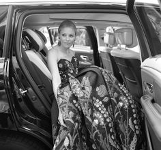 Cinematic Photos Capture Intimate Moments with Celebrities at the Venice Film Festival - My Modern Met