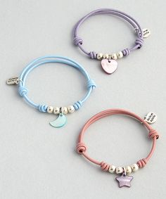 New letter beads with metal look « Decor Diy Best Diy Bracelets Easy, Bracelet Crafts, Cute Bracelets, Handmade Bracelets, Jewelry Crafts, Jewelry Bracelets, Jewelery, Cute Jewelry, Beaded Jewelry