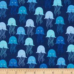Timeless Treasures Splash Jelly Fish Navy from @fabricdotcom  Designed for Timeless Treasures, this cotton print fabric is perfect for quilting, apparel and home decor accents. Colors include aqua, light blue, blue and royal on a navy background.