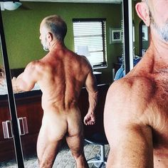 "compactmsl: "" Gotta work the glutes. #maturemsl #mature muscle #cockalicious #musclebear #muscle # (at Home on Madeira Beach) """