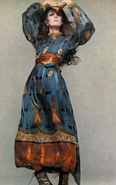 Anjelica Huston photographed by Richard Avdeon for Vogue, 1970. - It's the dress.. can't decide if I love the dress or just the colors of the dress. :)