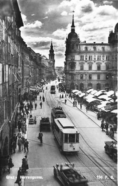 wow, graz, hauptplatz and herrengasse great view. Graz Austria, Great View, Old Pictures, Vintage Travel, Old Town, My Eyes, Travel Guide, Europe, History