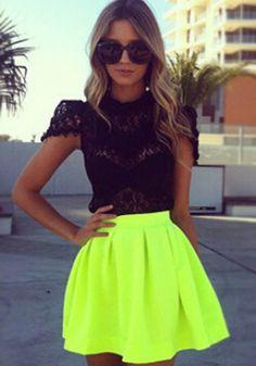Fluorescent Green Plain Pleated Zipper Skirt