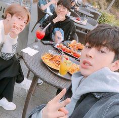 Chanwoo Ikon, Hanbin, Yg Entertainment, Ikon Songs, Ikon Kpop, I Am Awesome, Boys, Polaroid, Asia