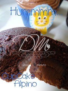 Nossos Cupcakes já são deliciosos, imagine recheado com um Alpino!