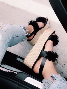 Pumps for summer Summer Shoes, Summer Outfits, Cute Outfits, Cute Shoes, Me Too Shoes, Keds, Quoi Porter, Crazy Shoes, Mode Style