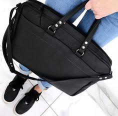 Black Leather Briefcase, Briefcase For Men, Black Leather Bags, Leather Men, Stroller Bag, Leather Bags Handmade, Leather Working, Messenger Bag, Silver