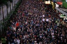anti government protesters march wan Tens of Thousands march in rival protests over Hong Kong's leader (PHOTOS)