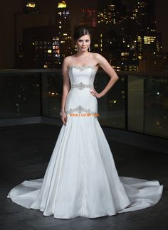 Hjärtformad Satäng Naturlig Lyx Bröllopsklänningar