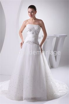 Robe de mariée A-ligne décoration perlée corset arrière en satin et gaze € 191.99