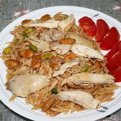 Tavuklu Arpa Şehriye Pilavı - Fırın yemekleri - Las recetas más prácticas y fáciles Italian Chicken Recipes, Baked Chicken Recipes, Meat Recipes, Snack Recipes, Turkish Recipes, Ethnic Recipes, Turkish Kitchen, Iftar, Fresh Fruits And Vegetables