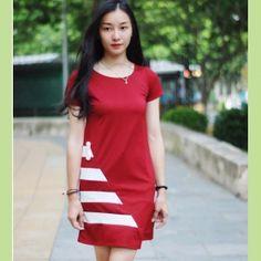 Đầm nữ tay ngắn, trang trí sọc nổi bật, trẻ trung