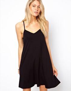 Trendencias - Vestidos de verano: los 10 mejores vestidos en color negro