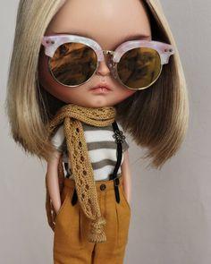 Kámo!  #kimble #tiinavanhatupa #tiinacustom #blythe custom # thethe #liccabody #ebl #mformonkey #outfit #puppelinaeyechips