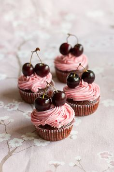 Vegan chocolate cherry cupcakes. I wish it would be the season for fresh cherries already!