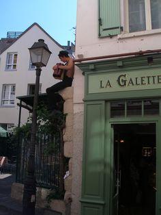 street musician, Monmartre