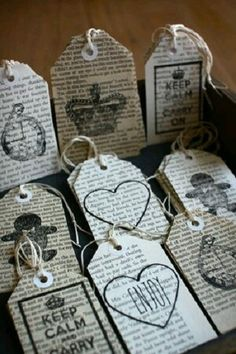 Love the use of book pages segnalibri bookmarks signets marcadores Old Book Crafts, Book Page Crafts, Craft Books, Old Newspaper, Newspaper Crafts, Book Projects, Craft Projects, Diy Bookmarks, Bookmark Ideas