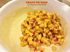 These are sensational bar-type cookies with a homemade peach pie filling in the middle! This one has a shortbread-like crust and streusel topping. Great dessert for summer holiday fun when peaches are in season. Peach Cobbler Bars, Peach Pie Bars, Peach Pie Filling, Great Desserts, Summer Desserts, Dessert Recipes, Cake Recipes, B Recipe, Pastry Blender