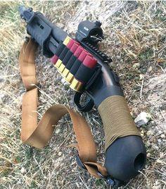 Boomstick! Via : @lateboyscout follow @gunfreaks#weaponsreloaded #RVLVR #defendthesecond #guns #gunfreaks #gun #firearms