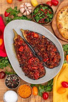 These stuffed aubergines will transport your tastebuds to another dimension! Another naem for this heavenly dish is Garni Yarikh. Minced Beef Recipes, Healthy Beef Recipes, Mince Recipes, Curry Recipes, Healthy Cooking, Vegan Mince, Aubergine Recipe, Lamb Dishes, Cooking Spoon