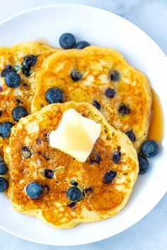 How to Make the Best Blueberry Pancakes Egg Free Pancakes, Freeze Pancakes, Pancakes Easy, Blueberry Pancakes, Pancakes And Waffles, Blueberry Recipes, Blueberry Breakfast, Fluffy Pancakes, Breakfast Pancakes