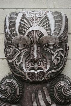 Traditional Maori Stone Carving, Hamilton, Aotearoa New Zealand By global oneness project. hand indicative of demi-god status; possibly trickster hero Maui of the region's legends. Art Beauté, Nz Art, Arte Tribal, Tribal Art, Mascara Maori, Stone Carving, Wood Carving, Ta Moko Tattoo, Maori Tattoos