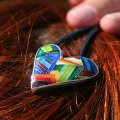 Silver enamel rainbow colored heart pendant por EmoshineWorkshop